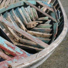 008_the_inside_of_typical_fishing_boat_rodrigues