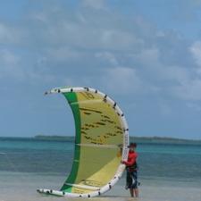 042_beginning_kitesurfing_bakwa_lodge_beach