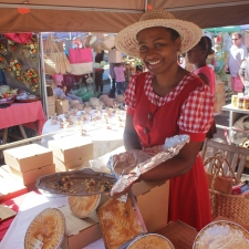 064_Rodriguan_tarts_marketplace_port_mathurin