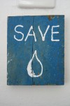 07_bakwa_lodge_save_water_sign
